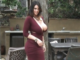 big tits Huge natural tits get fucked straight